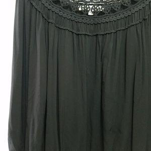 StudioM Brand Top Blk./Crochet XL Tops - StudioM Brand Top, Black/crochet XL.